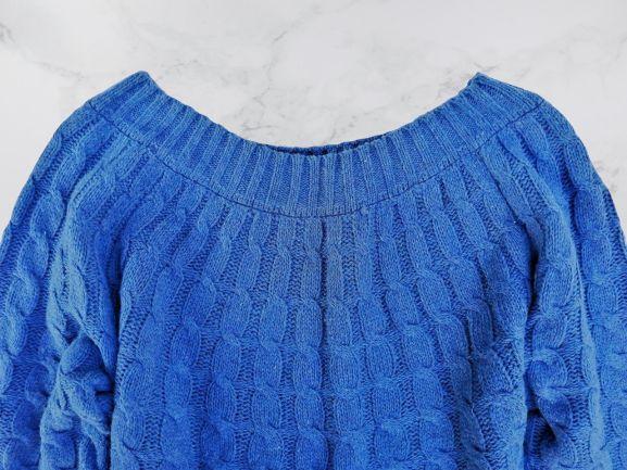Мягкий женский свитер. Осень/весна, зима