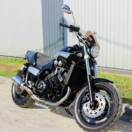 Мотоцикл Yamaha V-MAX (9335)