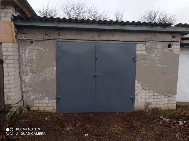 Продам или сдам гараж район стекольного