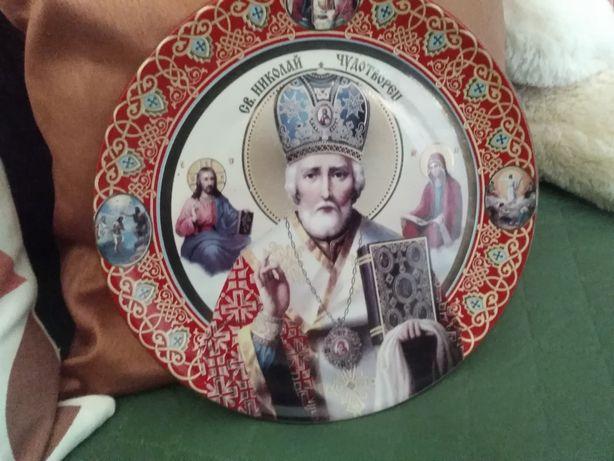 Продаю керамическую настенную тарелку