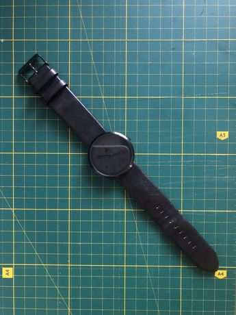 ASOS monochrome watch in black (часы наручные асос черные ремешок)