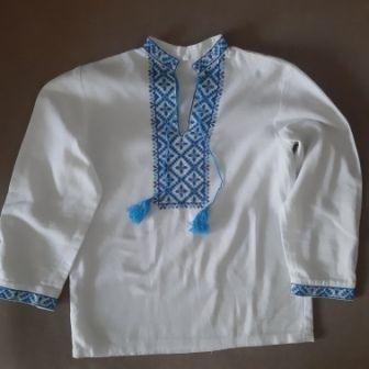 Вышитая рубашка для мальчика 8- 10 лет из льна