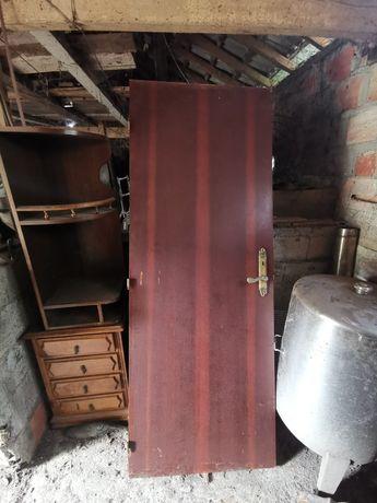 Várias portas para venda