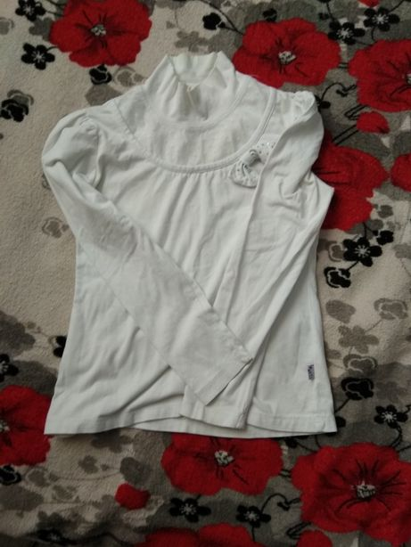 Гольф білий светр