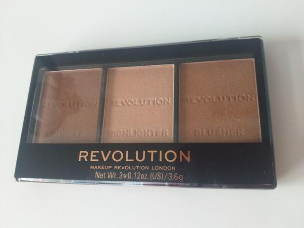Paletka do konturowania Makeup Revolution