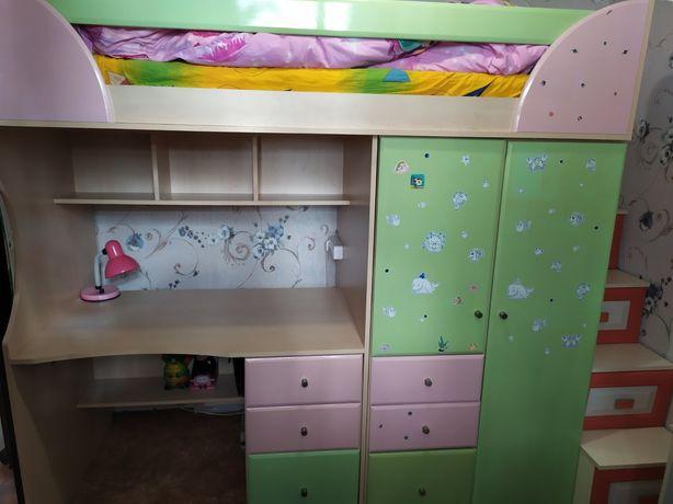 Детская мебель , кровать , шкафы