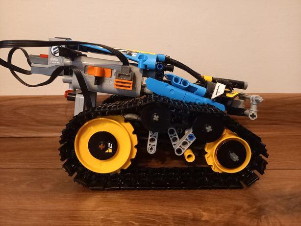 Lego Technic sterowana wyścigówka