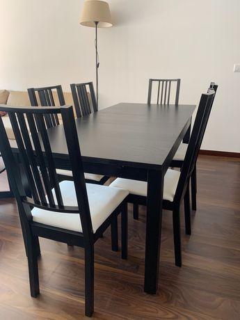 Conjunto de mesa de jantar e 6 cadeiras