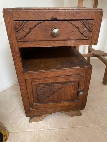 Mesa cabeceira antiga/vintage