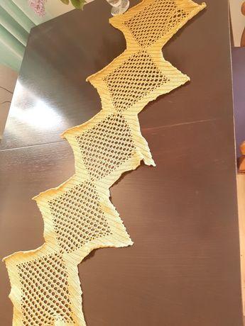 Serweta obrus złoty kolor