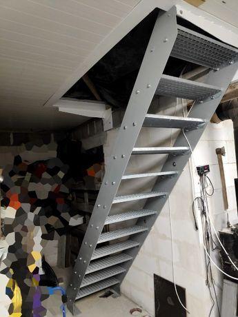 Metalowe schody wewnętrzne, zewnętrzne 13 stopni