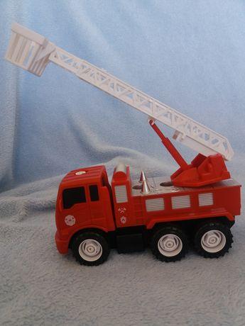 Wóz strażacki straż pożarna wysuwana drabina