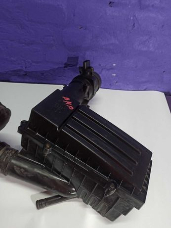 Корпус воздушного фильтра Пассат б6 корпус фільтра Passat B6 2005-2010