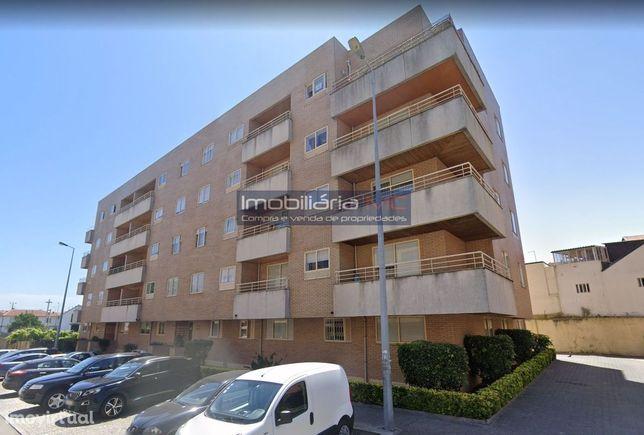 Apartamento T3 Candal