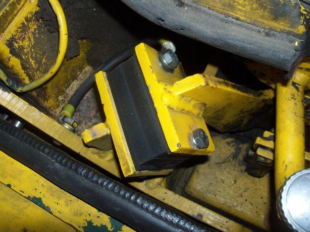 ładowarka kramer 312 i inne, wzmacniana poduszka, amortyzator silnika