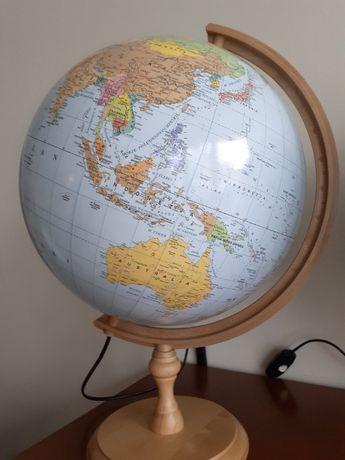 Duży globus poświetlany