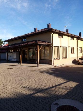 Lokal w Checinach