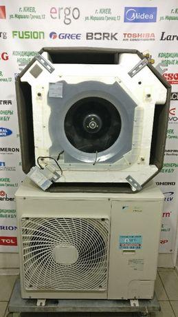 Кондиционер кассетный инвертор тепловой насос Daikin ACQ71AV1 б/у 75м2