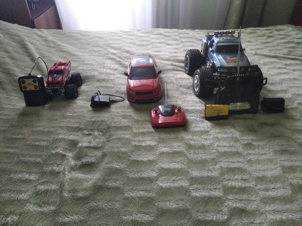 Великий монстер-трак, Легкова машинка, Маленький монстер-трак з СССР