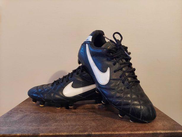 Skórzane buty Nike tiempo