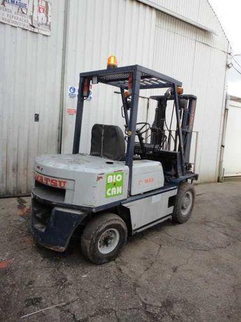 Empilhador Diesel 2500Kg