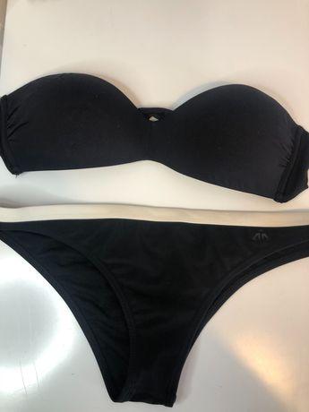 Bikini preto com barra branca