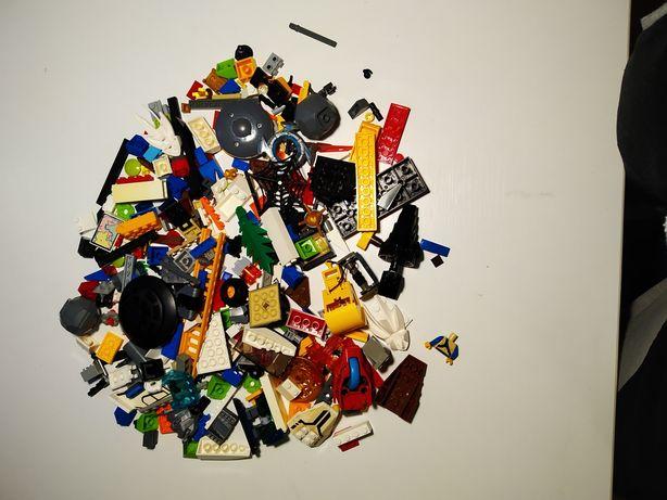 Лего детальки з різних наборів