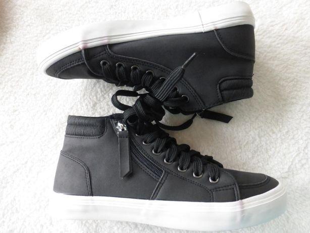 Классные ,ботинки сникерсы от Aldi Германия.