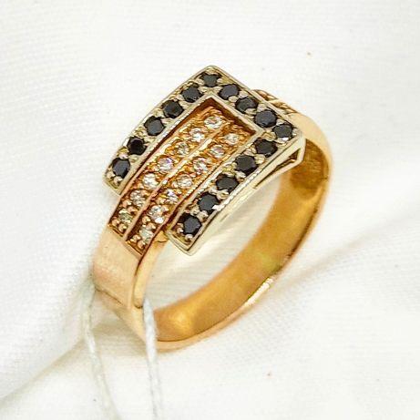 """Золотое кольцо 585"""" с черными и белыми бриллиантами"""