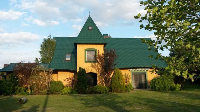 Dom jednorodzinny piękny 200m2, plac zabaw, piwniczka Hobbita, las
