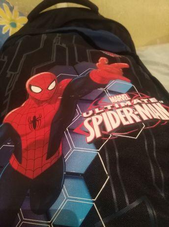 Plecak Spider-Man na kółkach z wysuwaną rączką