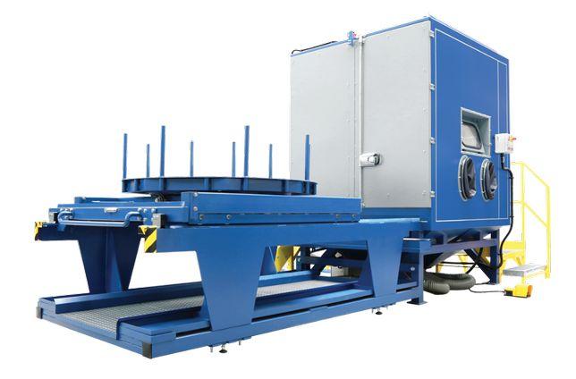 Bardzo duża piaskarka kabinowa PKW 1000 w zestawie SANT-TECH