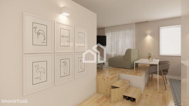 Apartamento T0+1 com jardim Espinho