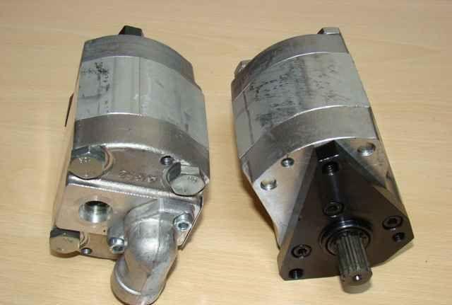 Pompa hydr. PZT-7,4/16 Ursus 5314,5714,6014