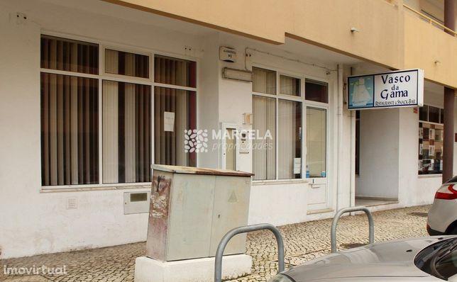 Restaurante / Bar Em Lagos
