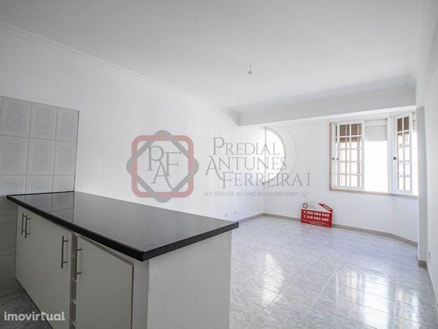 T1 Apartamento Santo António Caparica – 137.800€