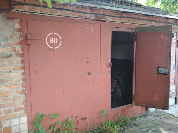 Продам приватизований гараж