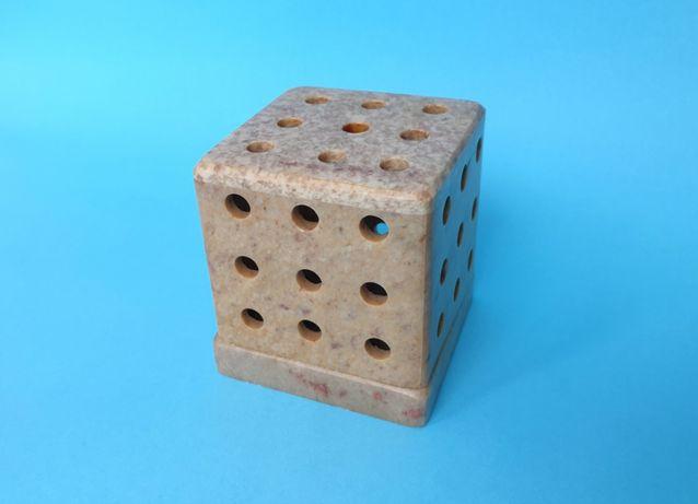 Porta-Velas em Pedra Sabão