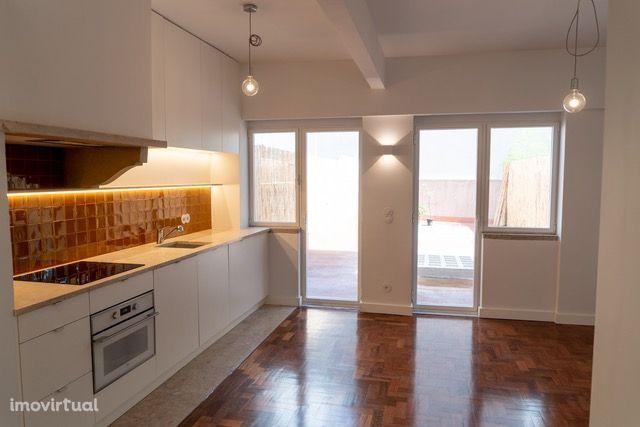 Apartamento T1 para arrendamento com Terraço de 50m2