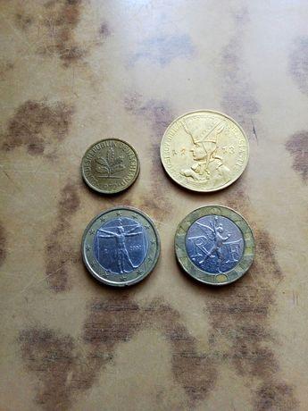 Монеты разных стран с 1956-2002 и игральный жетон из Германии