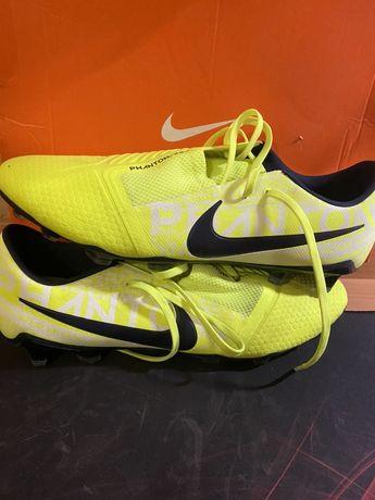 Бутсы Nike Phantom Venom PRO FG