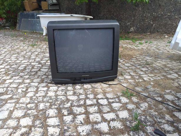 Televisão antiga