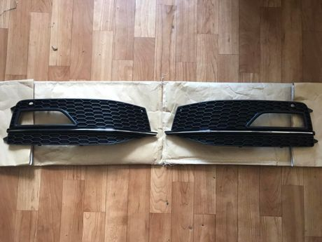 Решетки в бампер Audi A4 B8 накладки на бампер Ауди А4 Б8 (2011-2015)