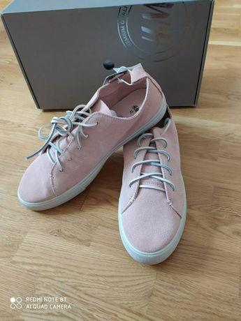 Летние шлепанцы Melissa и замшевые кроссовки H&M. 27см.