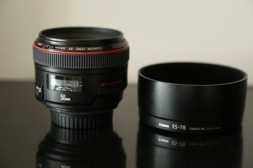 Canon EF 50 mm f/1.2 L USM + HOYA Pro1 72mm MC UV (0) made in Japan