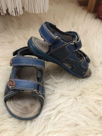Sandałki 27