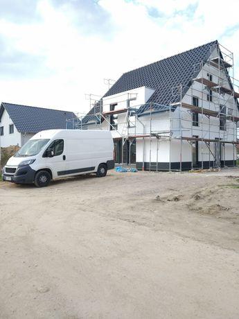Виконуємо внутрішні та зовнішні роботи по ремонту будинків