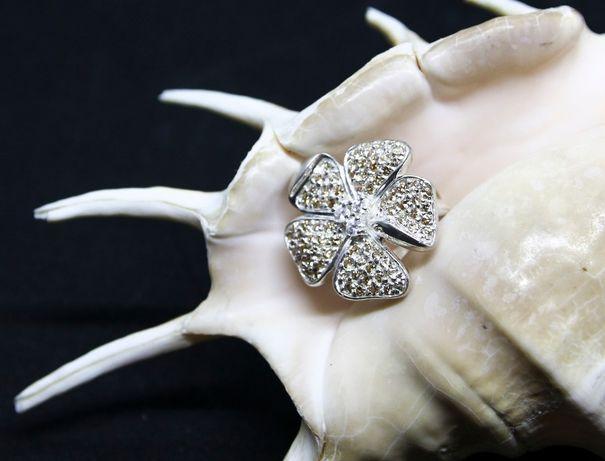 Pierścionek kwiat z cyrkoniami w kolorze szampana, duży, srebro 925