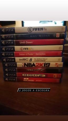 Playstation 4 slim 500 GB 2 comandos + 2 jogos a escolha