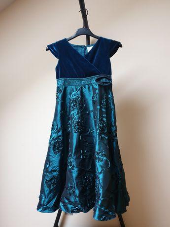 Zielona aksamitna sukienka balowa